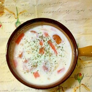 キノコいっぱい☆ミルクオニオンコンソメスープ♪