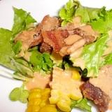 カリカリ豚とレタスのサラダ