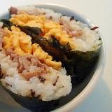 片面ご飯の塩昆布入りおにぎらず 生姜焼き&炒り卵