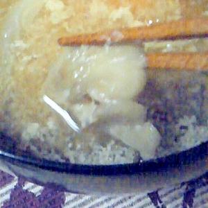マイタケとたまねぎとたまごのお味噌汁