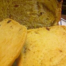HB かぼちゃとレーズンのパン