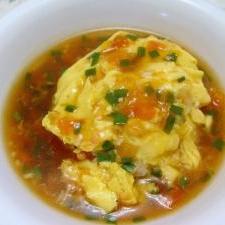 トマトと鮭とニラの天津飯