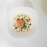 柿、ブルーベリー、ドライフルーツのヨーグルト