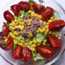 レタスのツナコーンサラダ