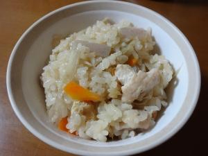もち米でもっちり!鶏ごぼう炊き込みご飯