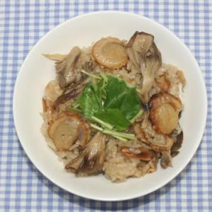 簡単おいしい☆乾燥ホタテでガリバタ醤油炊き込みご飯