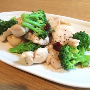 鶏肉とブロッコリーのペペロンチーノ