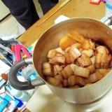 柔らか豚角煮と柔らか大根と煮卵