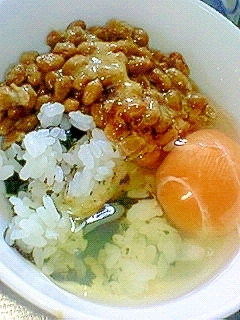 味海苔散らし☆風味卵ご飯