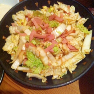 白菜のニンニクオイルがけサラダ