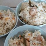 圧力鍋で簡単☆鶏炊き込みご飯♡