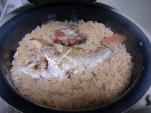 簡単で豪華な鯛飯