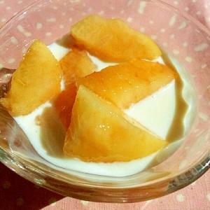 桃とピーチゼリーのヨーグルト