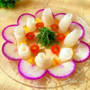 柚子の香りが爽やか〜♪大根のフラワーサラダ♡