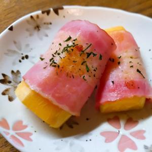 お弁当に薩摩芋のベーコン巻き