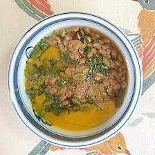 納豆に卵、葱、パンプキンシード