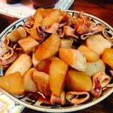 大根イカ山芋の煮物