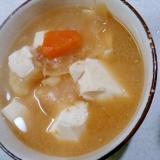 豆腐とじゃがいも人参玉ねぎの味噌汁(圧力鍋)