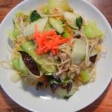 青梗菜と白菜たっぷりの皿うどん