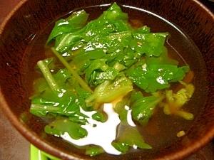 間引き菜と豆腐の味噌汁