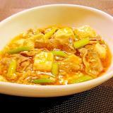 にんにくの芽と豆腐と豚肉の旨辛煮