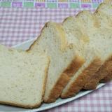 おからパウダー入り食パン☆