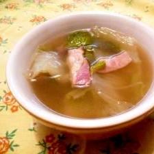 温まる〜☆白菜と厚切りベーコンのスープ