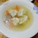冷凍水餃子で♪餃子の旨味が利いてる簡単スープ餃子