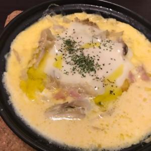 タジン鍋でカルボナーラ風卵とじ!
