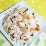 わらびと筍の春混ぜご飯
