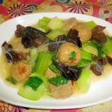 青梗菜と鶏だんごの生姜たっぷり中華炒め