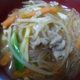 たっぷり春雨ともやしのキムチ風味スープ