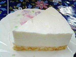 簡単・美味しいヨーグルトケーキ