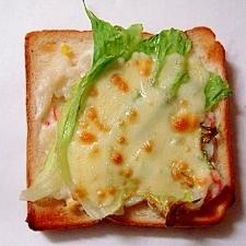 ポテトサラダとチーズのトースト
