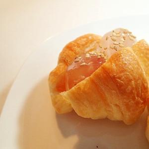 無花果ジャムとわらび餅のクロワッサン