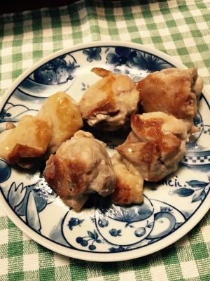 鶏もも肉のシーザードレッシング炒め