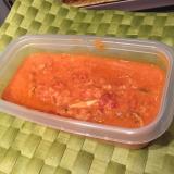 カニ缶とトマト缶で簡単パスタソース。