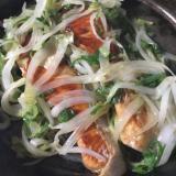 銀鮭と新玉ねぎのオイスターソース炒め