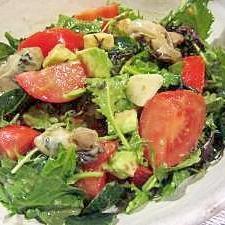 牡蠣のオリーブオイル漬け サラダ