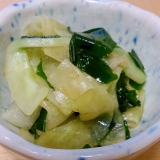 白瓜とワカメの辛子正油酢の物