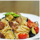 鰹のタタキと揚げた茄子の冷製スパゲッティ