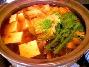 寒い夜に!白菜たっぷりピリ辛鍋