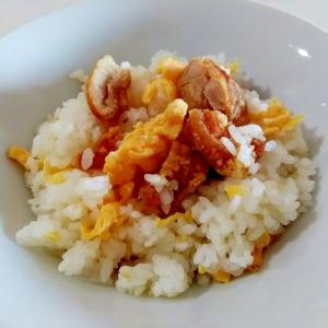 お手軽ランチに☆唐揚げと卵の炒飯