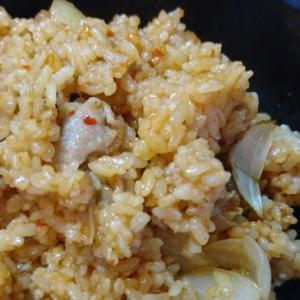 ピリ辛ビビンバ風豚肉焼き飯
