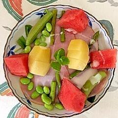 サラダほうれん草、ロースハム、枝豆、西瓜