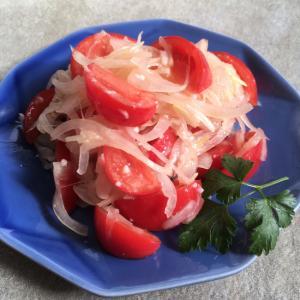 トマトと玉ねぎの塩麹和え♪