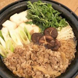 松屋牛めしの具で♪お手軽すき焼き(牛鍋)