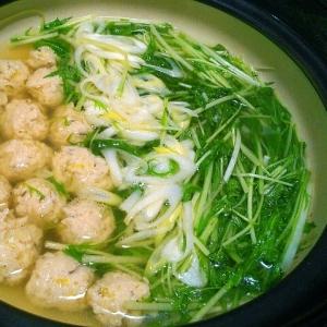 水菜のはりはり鶏団子鍋
