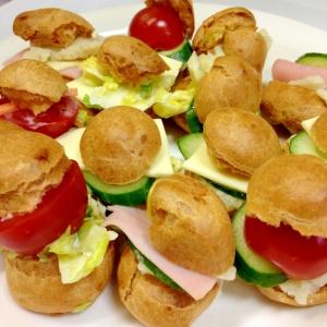 シュー生地でサンドイッチ!サクサク美味しいよ