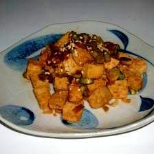 ごま油が香る!豆腐のコチュジャン炒め